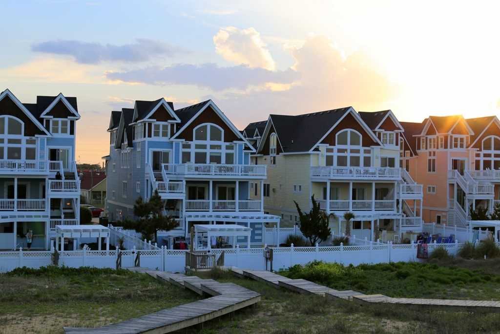 kill devil hills single personals Very comfortable & nicely furnished, this kill devil hills vacation home is centrally   1 w/2 singles & hdtv), full bath, & covered deck w/deck furniture & table.