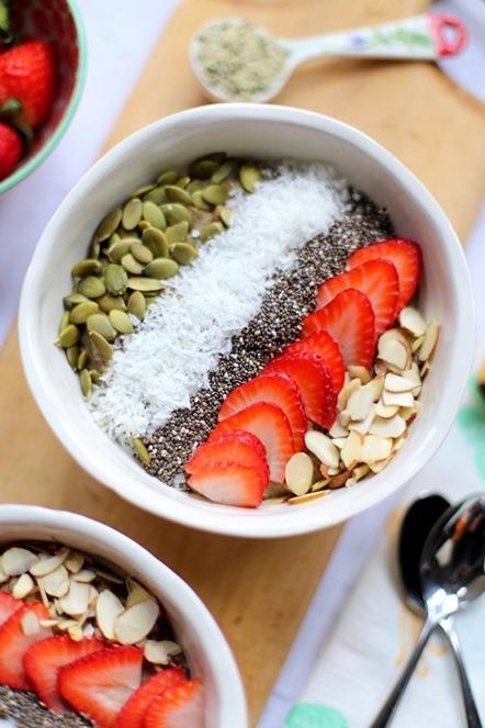 High-Protein-Hemp-Oatmeal-Breakfast