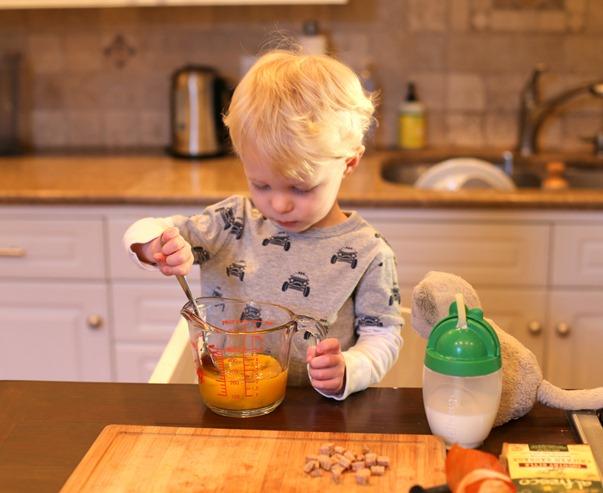 Toddler Frittata Prep