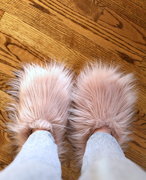 fluffy steve madden slippers