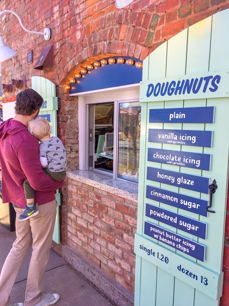 reigning donuts NODA