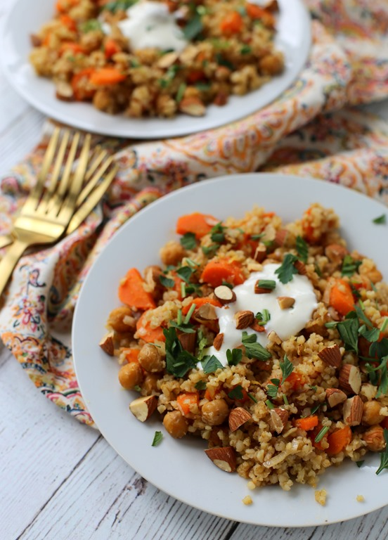 A simple mediterranean diet food list and recipe roasted chickpea and freekeh salad forumfinder Gallery